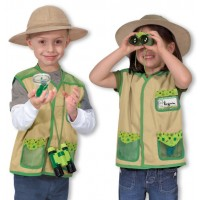 Melissa and Doug Backyard Explorer Costume Set