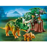 Triceratops with Baby Dinosaur Set